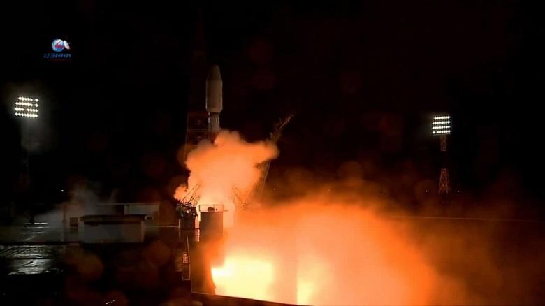 Роскосмос запустил ракету «Союз-2» со спутниками OneWeb