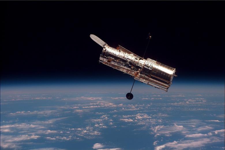 NASA уже неделю бьётся над возвращением в строй космического телескопа «Хаббл» после компьютерного сбоя