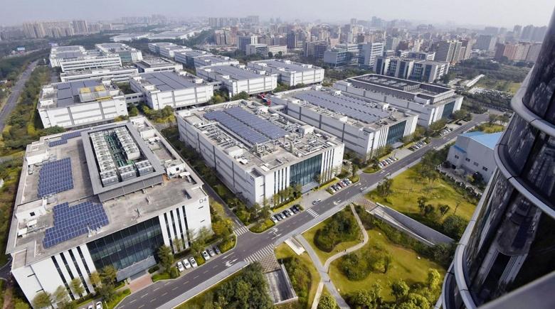 Huawei сама будет выпускать микросхемы для своих смартфонов