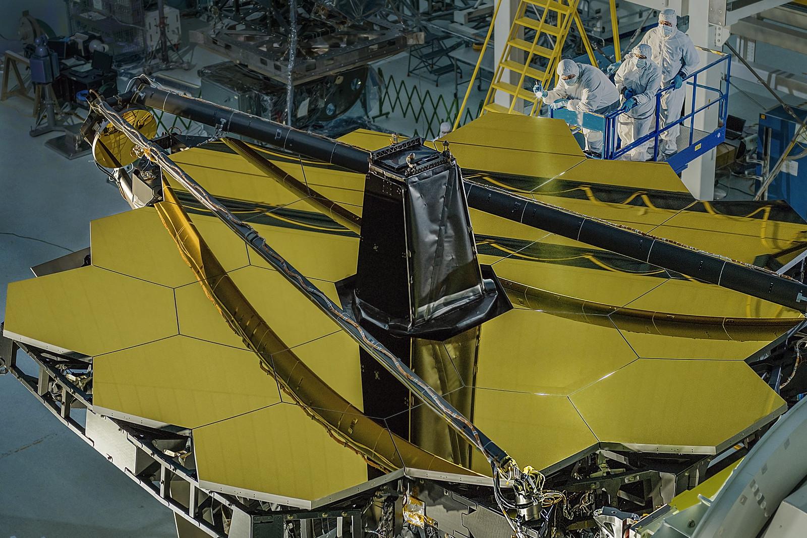 Вселенная, у нас проблемы. «Хаббл» уже не работает, а «Джеймс Уэбб» еще не запущен - 1