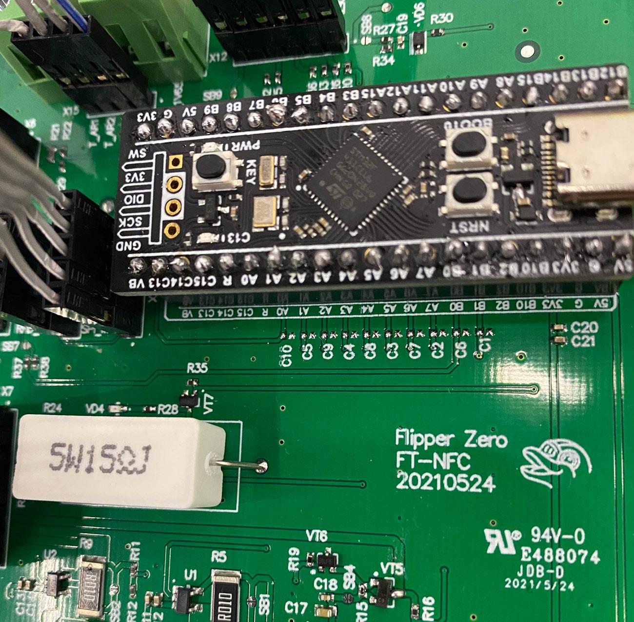 Как выглядит тестирование электроники Flipper Zero - 17