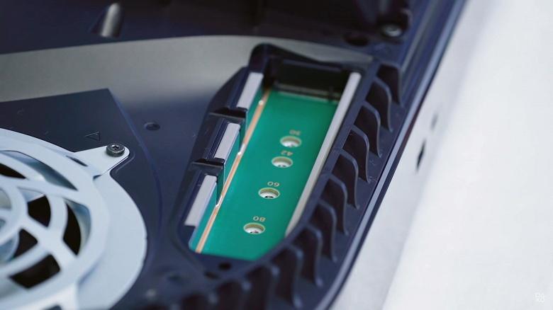Представлен, возможно, первый SSD для использования в PlayStation 5. Накопитель Nextorage доступен в версиях объёмом 1 либо 2 ТБ