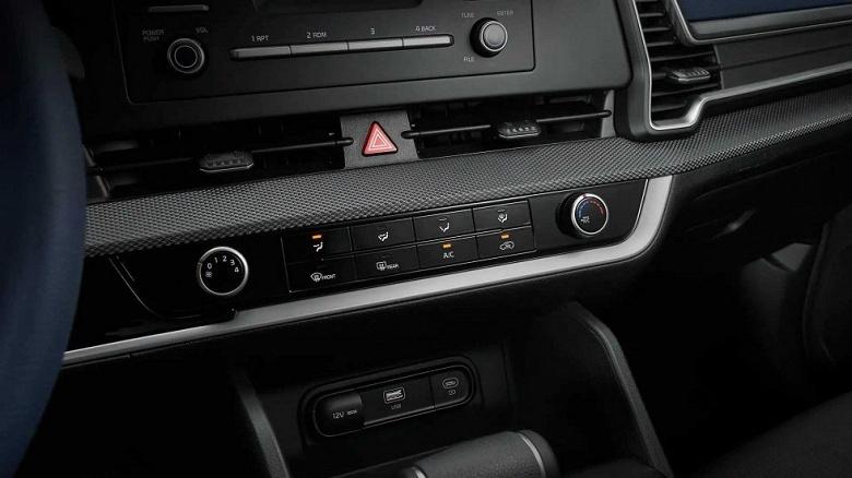 Совершенно новый Kia Sportage в «базе» выглядит гораздо хуже, чем старшие версии