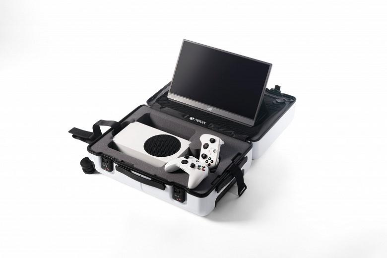 Microsoft сделала Xbox «мобильной»: выпущен эксклюзивный чемодан Xbox Series S