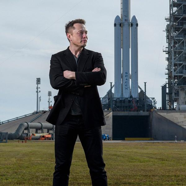 Илон Маск объявил о Дне искусственного интеллекта Tesla