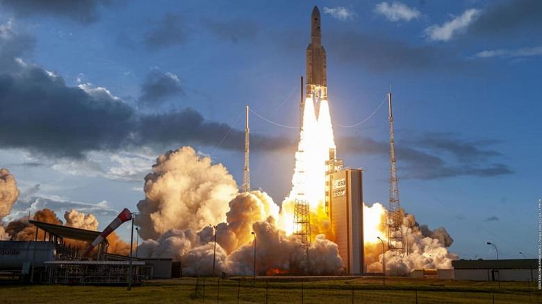 Компания Eutelsat сообщила об успешном запуске Quantum — «первого спутника с полностью программно-определяемыми параметрами»