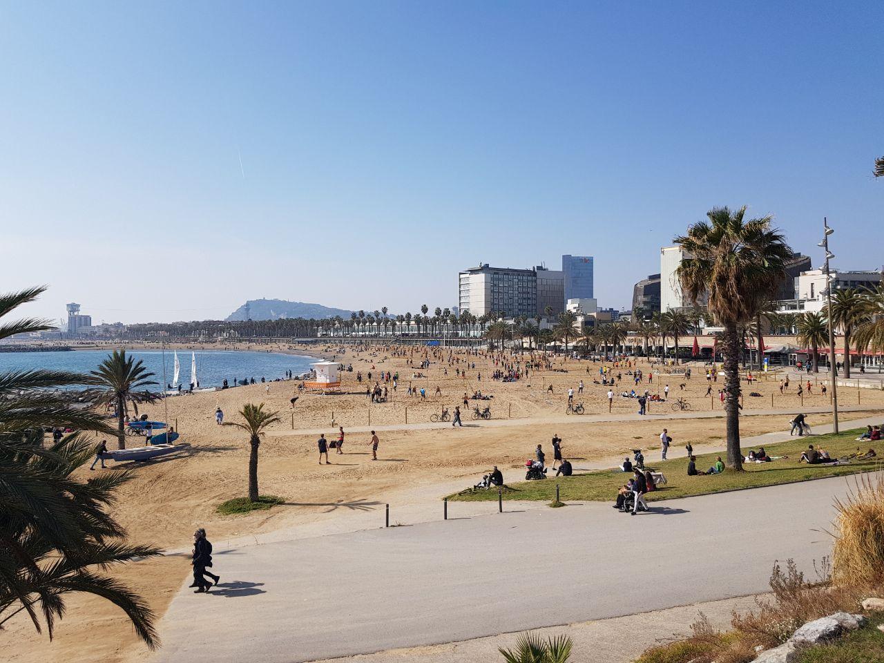 [Личный опыт] Как живется разработчику в Барселоне: налоговые льготы, отличная медицина и жизнь как на курорте - 3