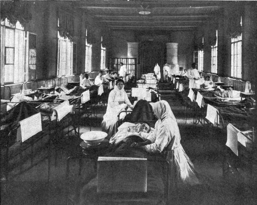 1908 год, Россия, земская больница, эпидемия холеры. В 10-х гг. Россия, наконец, станет закупать вакцину от холеры - позже, чем это начнут делать другие страны Европы