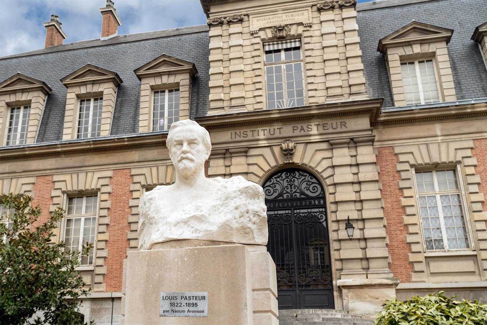 Институт Пастера в Париже, где Хавкин нашел сложное решение вакцины от холеры.