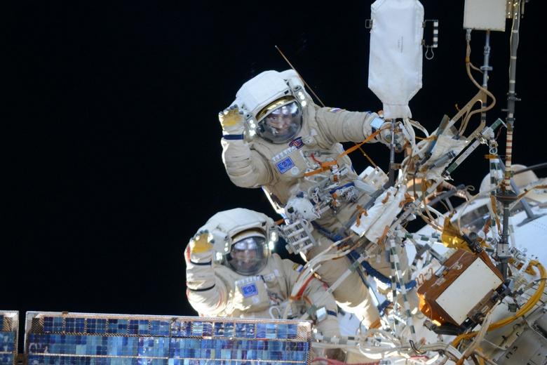 Жизнь после МКС: в Роскосмосе планируют построить станцию РОСС