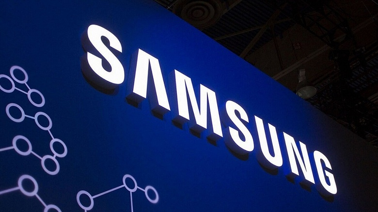 Первым дисплей Samsung OLED с новым стеком материалов получит смартфон Vivo IQOO 8 Pro