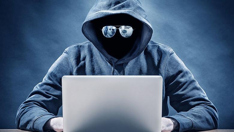 Российские хакеры выложили в даркнет данные миллиона кредитных карт