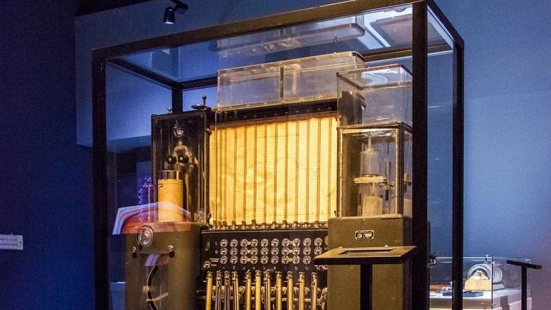 Советский водяной компьютер - 1