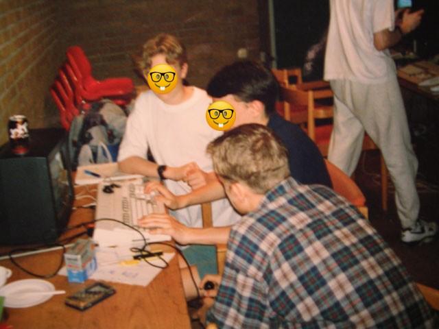 Использование Amiga в 2021: создание интро для демопати - 3