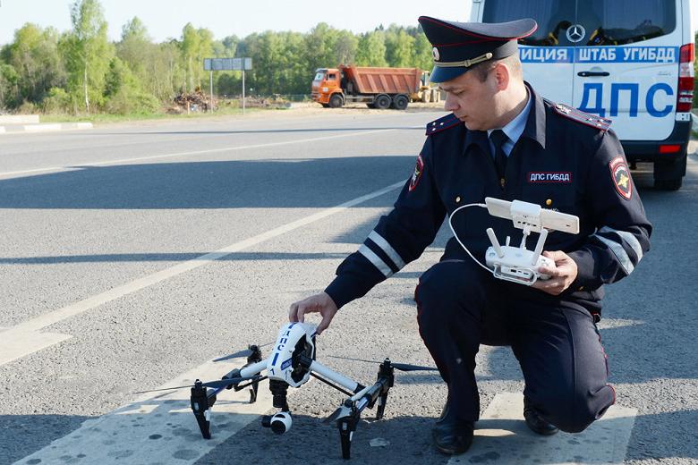 Нарушителей на дорогах ловят с помощью дронов уже в 17 регионах России