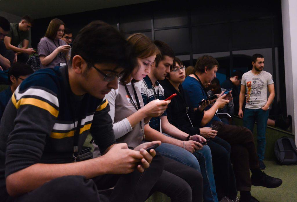 Студенты Иннополиса во время хакатона по алгоритмам автоматизации проектирования микросхем