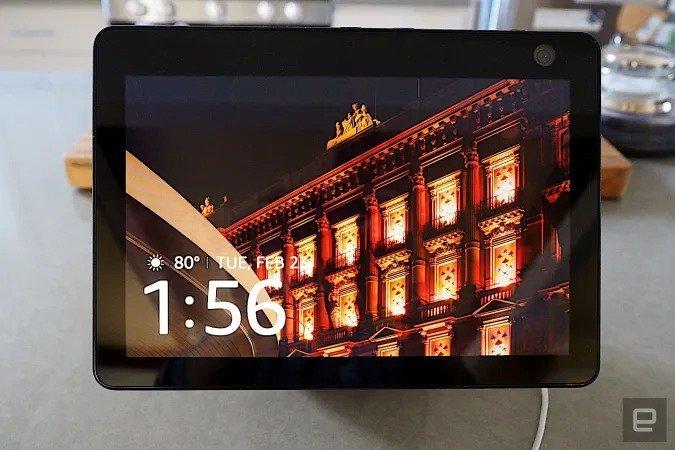 Amazon приписывают намерение выпустить настенное устройство Echo с 15-дюймовым дисплеем