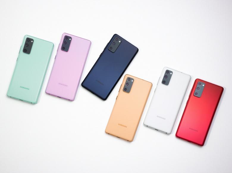 Galaxy S20 FE вышел год назад, а Samsung до сих пор пытается решить проблему с сенсорной панелью смартфона