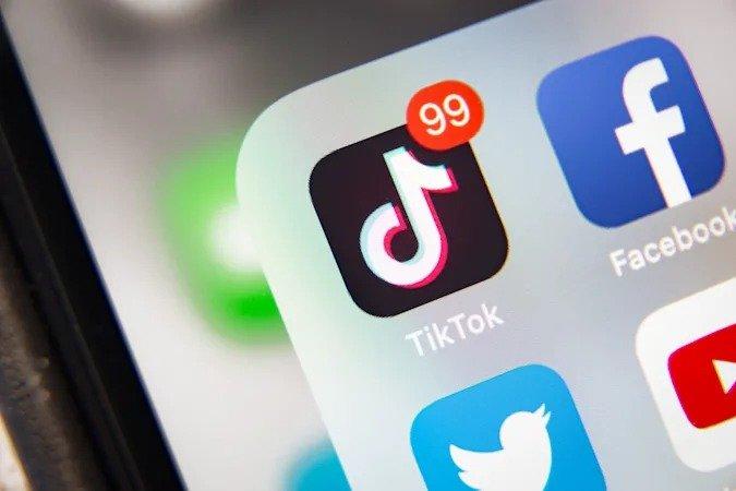 Сервис TikTok сообщил, что число активных пользователей в месяц достигло миллиарда