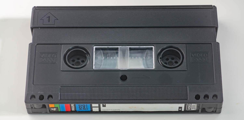 Video 2000 — неправильная видеокассета - 2