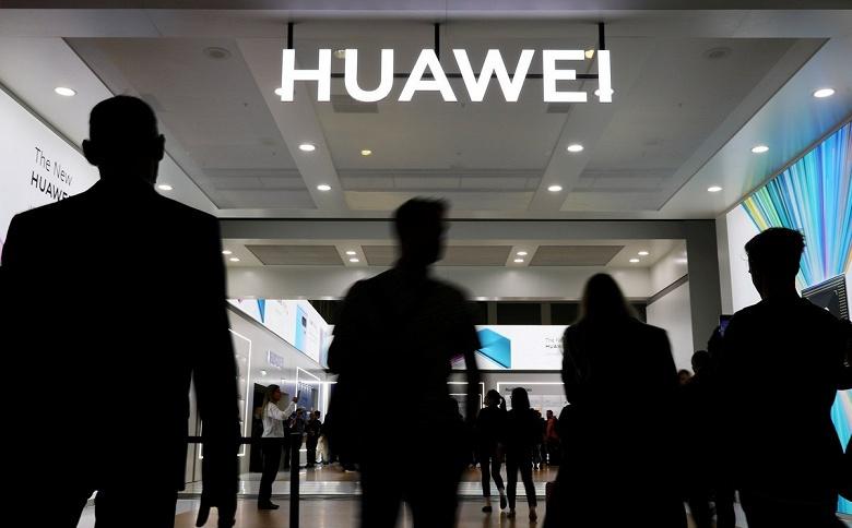 Huawei не собирается сдаваться после удара США. Компания создала сразу четыре новых подразделения для диверсификации бизнеса