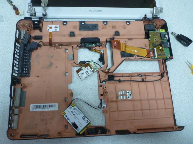 DIY или Сделай Сам / [Из песочницы] Приемы сборки-разборки ноутбуков для ремонта на примере Toshiba Portege M800