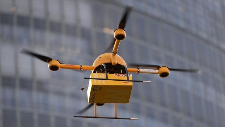 DHL Express анонсировала доставку срочных товаров дронами роботами