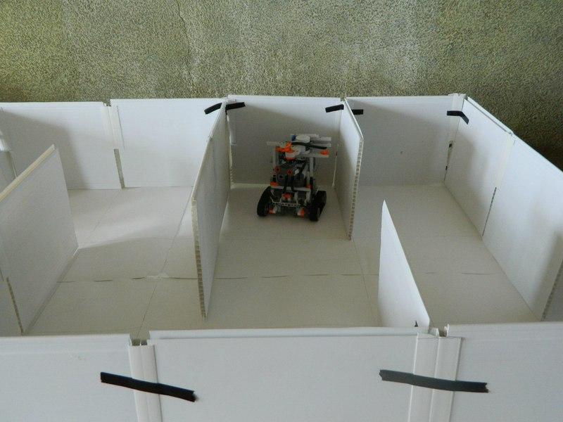 DMITROBOT — второй открытый турнир по робототехнике
