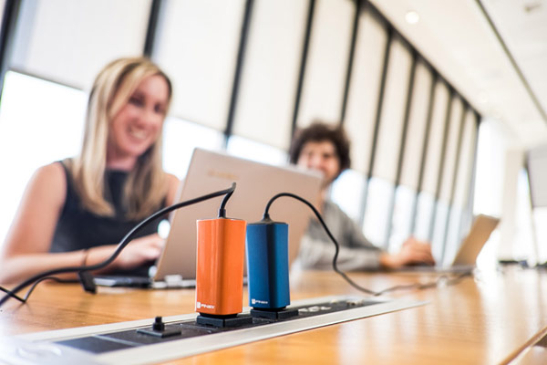 На сайте KickStarter начат сбор на выпуск миниатюрных адаптеров питания Dart, предназначенных для ноутбуков