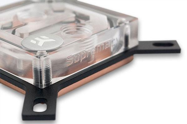 Водоблоки EK-Supremacy Clean CSQ без никелевого покрытия стоят 60 евро, никелированные — 66 евро
