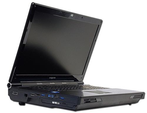 Ноутбук Eurocom Panther 4.0 весит 5,5 кг