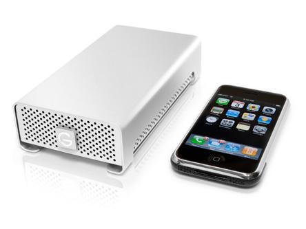 G-Technology использует в накопителях G-DRIVE mini и G-RAID mini жесткие диски HGST Travelstar типоразмера 2,5 дюйма объемом 1 ТБ