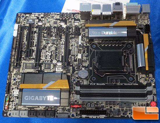 Основой системных плат Gigabyte Z87X-UD4H и Z87X-UD5H служит чипсет Intel Z87 Express