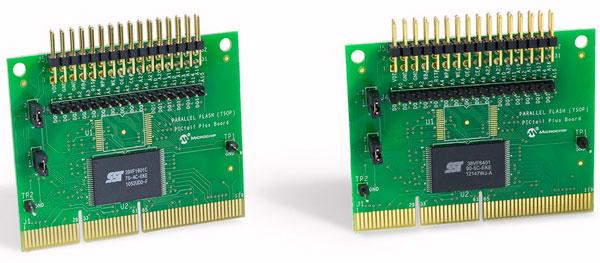 Набор Parallel SuperFlash Kit 1 включает две платы с микросхемами флэш-памяти