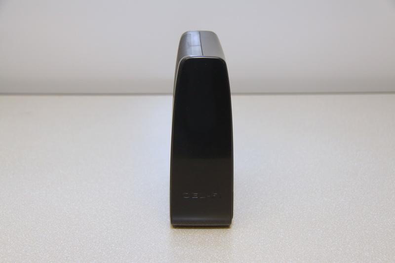 Устройство покрытия Cel-Fi RS2 black — вид сбоку
