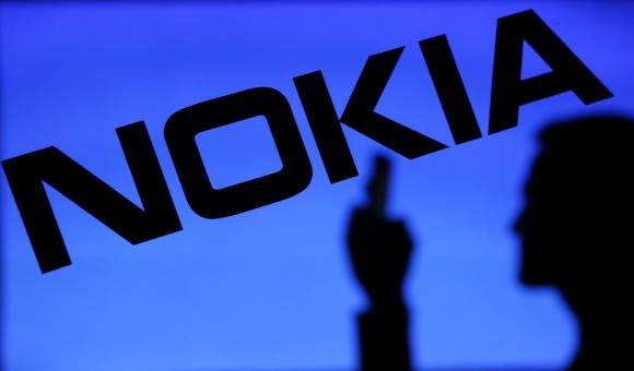 Всего на фабрике Nokia в Ченнаи на постоянной основе работает примерно 6600 человек