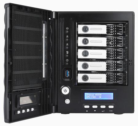 Сетевой накопитель Thecus N5550 оснащен интерфейсами USB 3.0 и HDMI