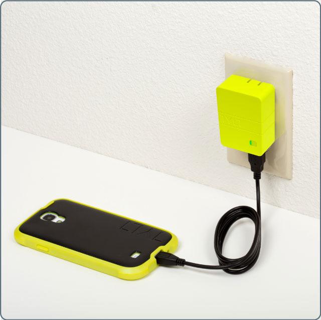 Tylt Energi 2K: сетевой адаптер + запасной аккумулятор
