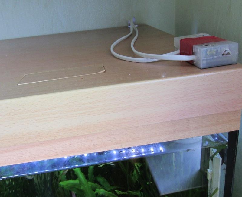 Автоматический светильник для аквариума на МК PIC12