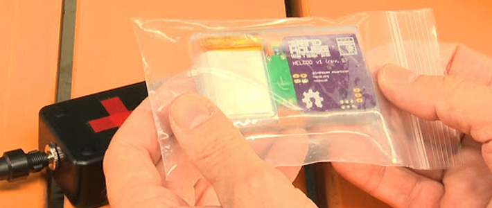 Биохакер вшил себе в руку «чип»