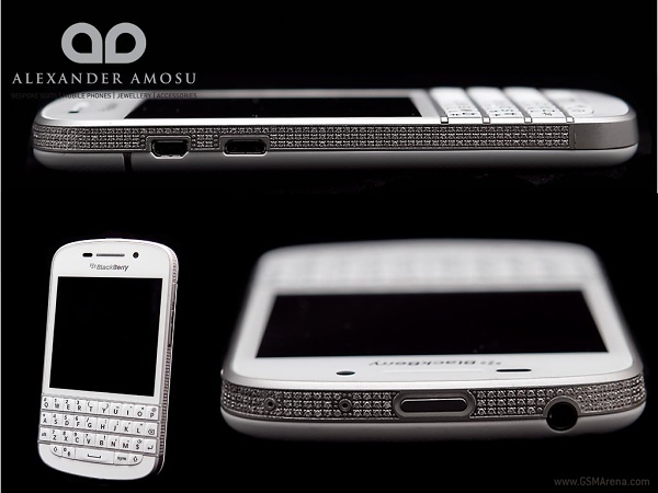 Для оформления BlackBerry Q10 понадобилось более 700 бриллиантов