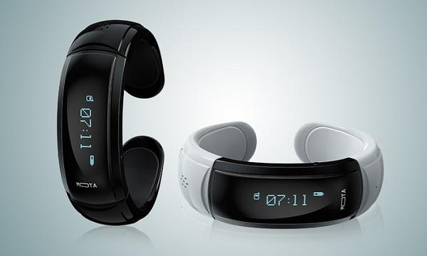 Бюджетные «умные» часы Mota Smart Watch оснащены встроенным микрофоном и динамиком
