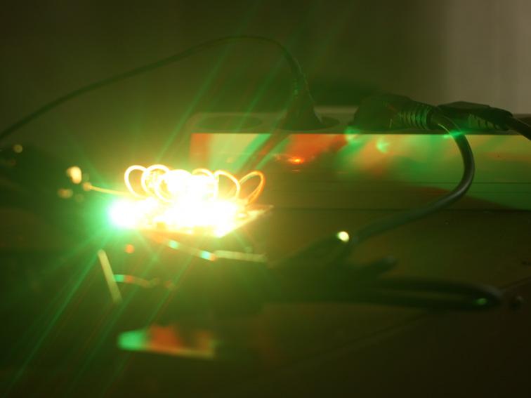Делаем источник неактиничного света на светодиодах