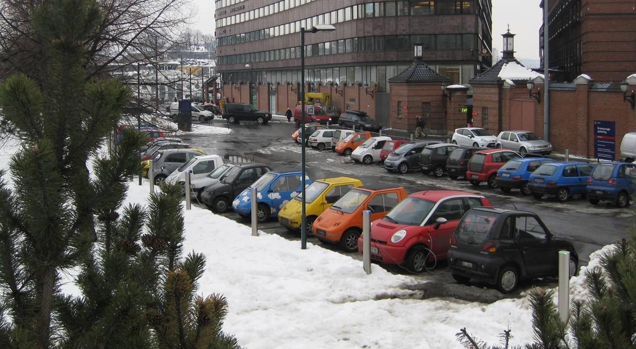 Два месяца подряд электромобили возглавляют рейтинг продаж в Норвегии
