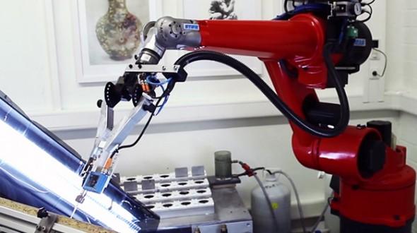 eDavid: робот художник
