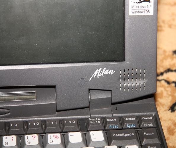 Гость из 90 х, ноут Fujitsu Milan