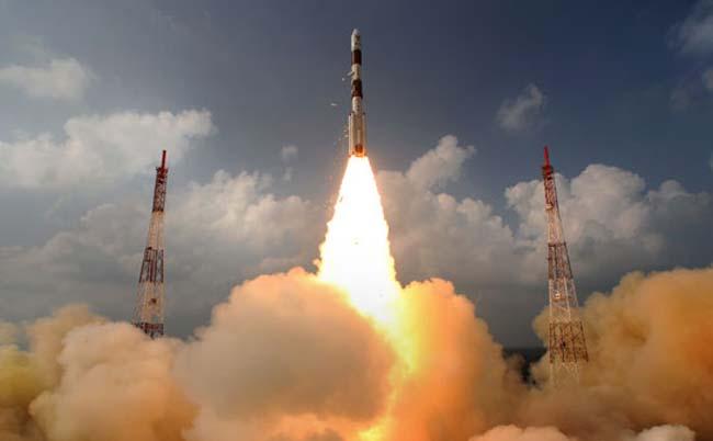 Индийский марсианский зонд направлен в сторону Марса