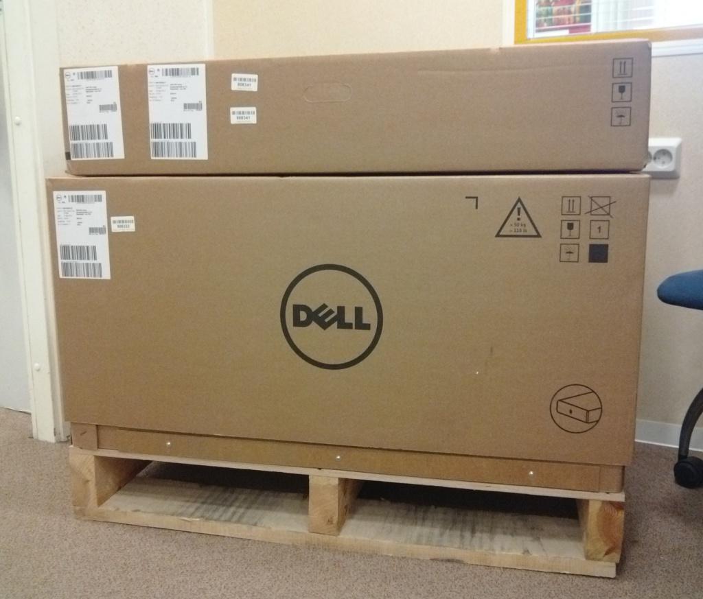 Упакованный DELL VRTX