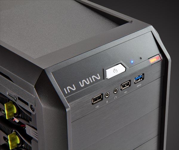 В корпусе In Win G7 предусмотрена установка до семи 120-миллиметровых вентиляторов