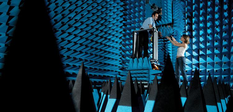 Лаборатории Nokia по тестированнию антенн